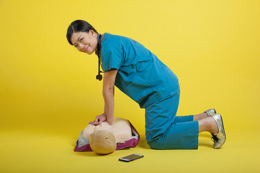 Dr Jade Kua demonstrates DARE